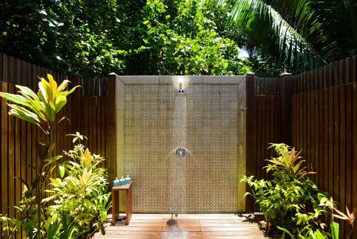 Zen style outdoor shower