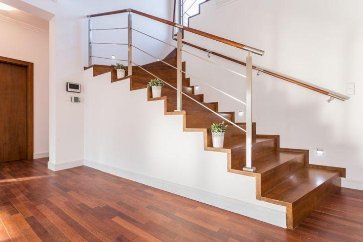 Plants on individual steps