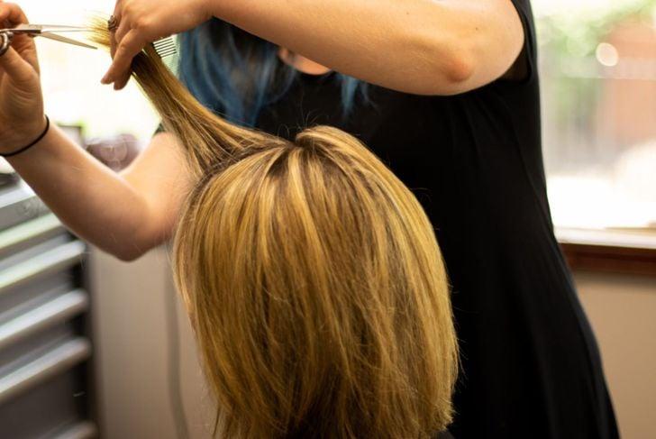 layered hair cut salon
