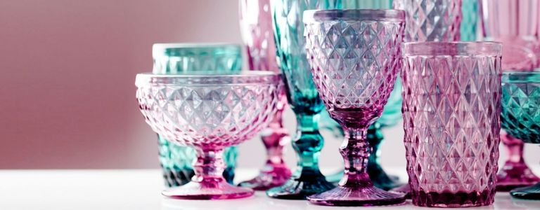 Glamorous Glassware to Elevate Your Table Display