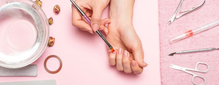 Do Your Own DIY Acrylic Nails at Home