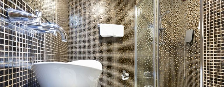Make a Splash With These Shower Tile Ideas