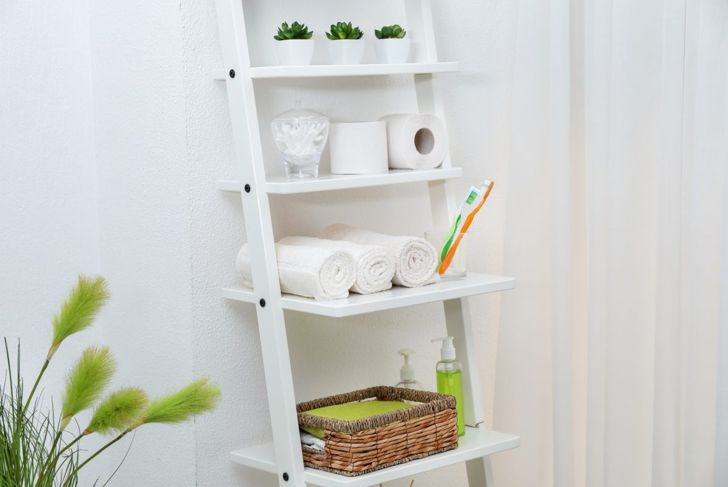 A leaning ladder is chic