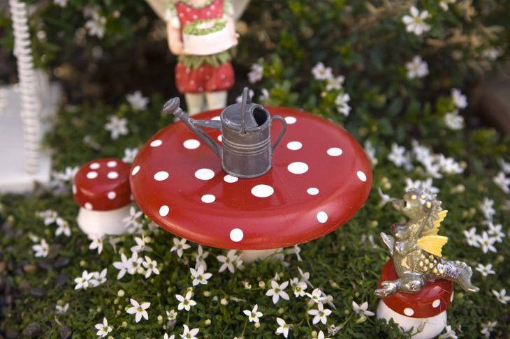 holiday theme fairy garden