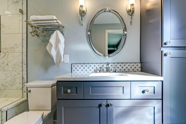 Hotel-style racks add linen storage