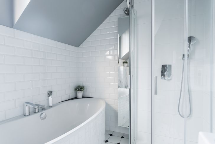 glossy bathroom tile