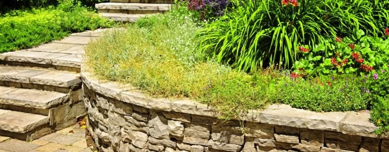 Retaining Walls Can Transform Your Yard