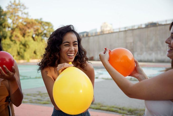 Balloon baby race