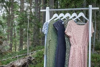 How To Identify Mindful, Sustainable Clothing Brands