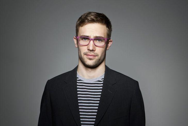 Oblong square shaped glasses
