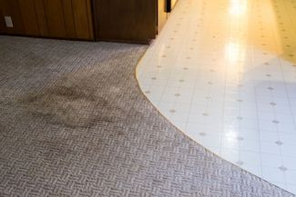 Decorating Alternatives to Replacing an Ugly Carpet