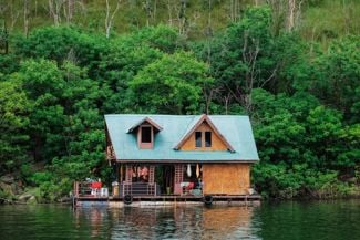 Get Ready to Rock: Tips for Houseboat Living
