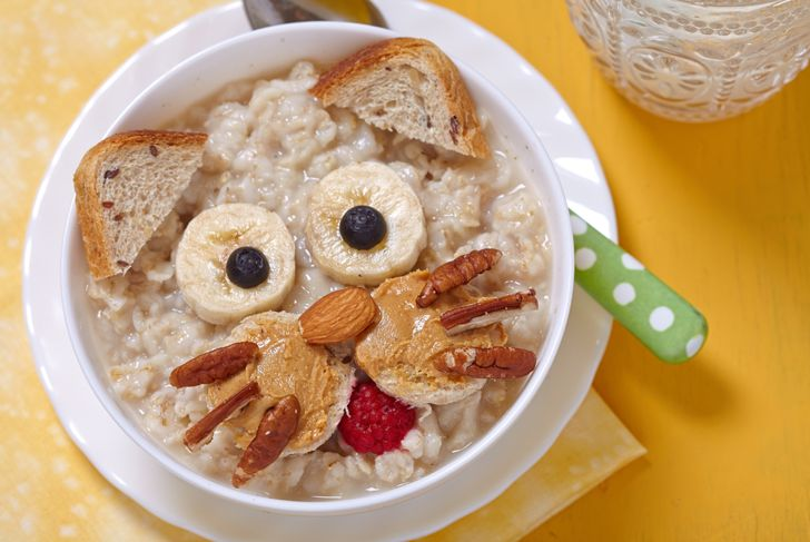 fun bowl of oatmeal decorated like a cat