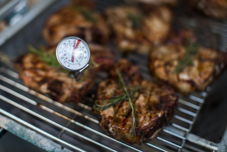 steaks with a meat thermometer